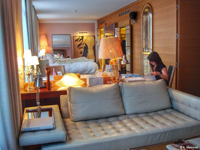 Le Royal Monceau  Suite Living Area