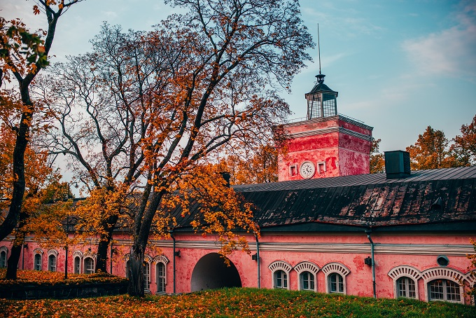 Golden hour at Jetty Barracks, Helsinki