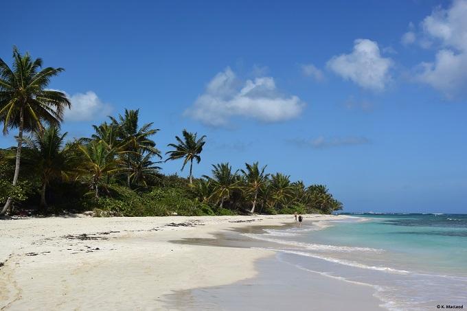 Playa Flamenco, Culebra