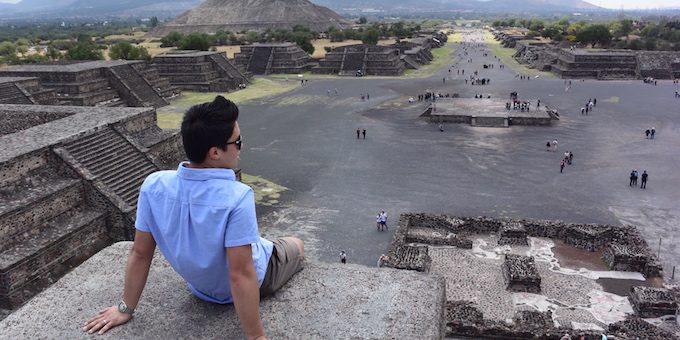 A Mexico City Day Trip to the Teotihuacan Pyramids